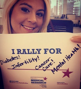 Society employee Ivonne Kalinski showing her support endocrine research in her selfie with the #IRallyFor ____ hashtag.